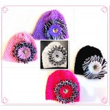HT40626-BABY BEANIE WITH ANIMAL PRINT FLOWER